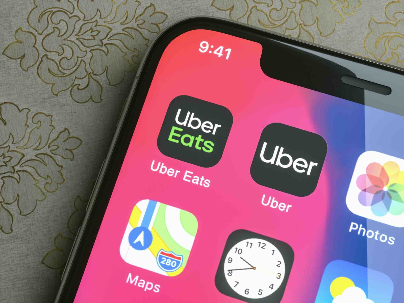Uber Eats Drivers Outraged at Missed Surge Payments